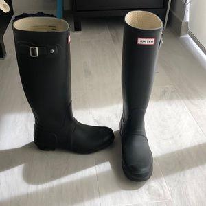 Black Hunter tall rain boots  Size US 8F/7M